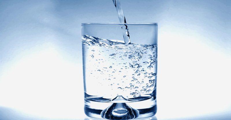 13 Impressive Health Benefits of Drinking Water