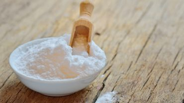 13 Surprising Baking Soda Uses & Remedies