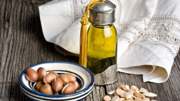 Argan oil and fruit