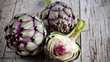 13 Amazing Health Benefits of Artichokes
