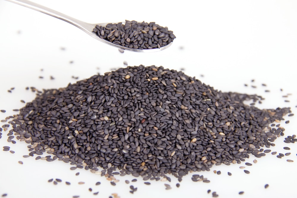 11 Amazing Health Benefits of Sesame Seeds