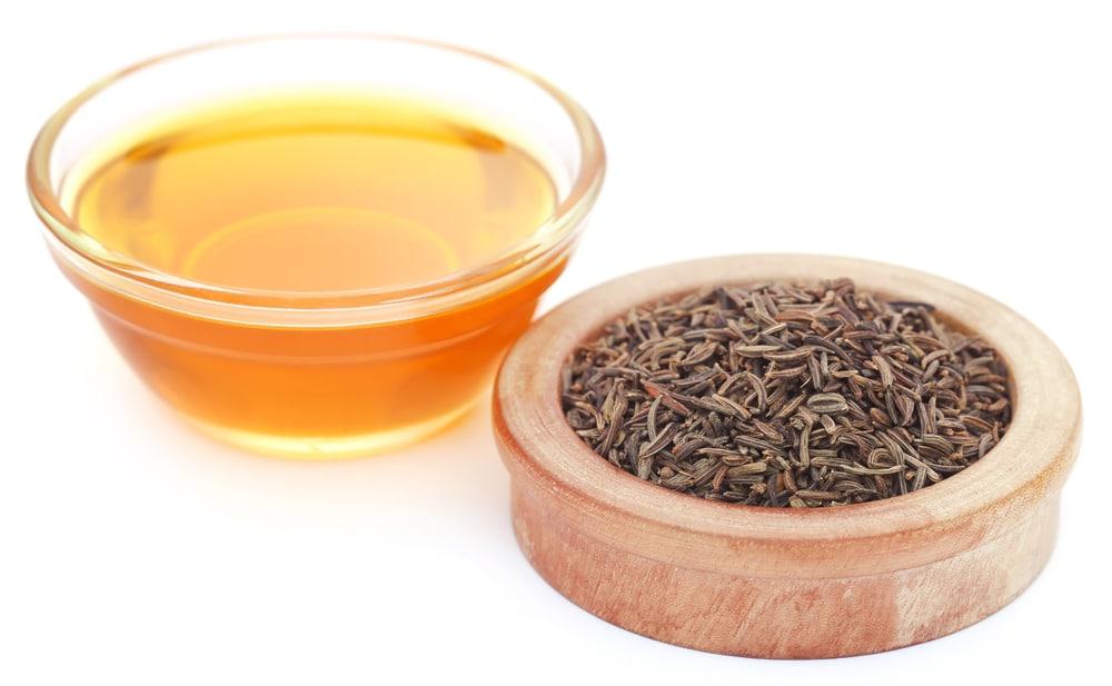 15 Impressive Benefits of Caraway Essential Oil