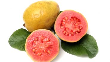 12 Impressive Benefits of Guava