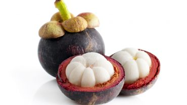 11 Impressive Health Benefits of Mangosteen