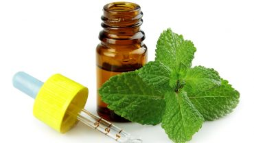 13 Surprising Benefits of Peppermint Oil