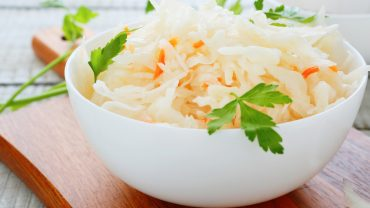 13 Impressive Health Benefits of Sauerkraut