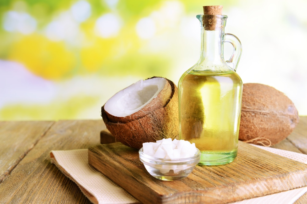 13 Impressive Health Benefits of Coconut Oil