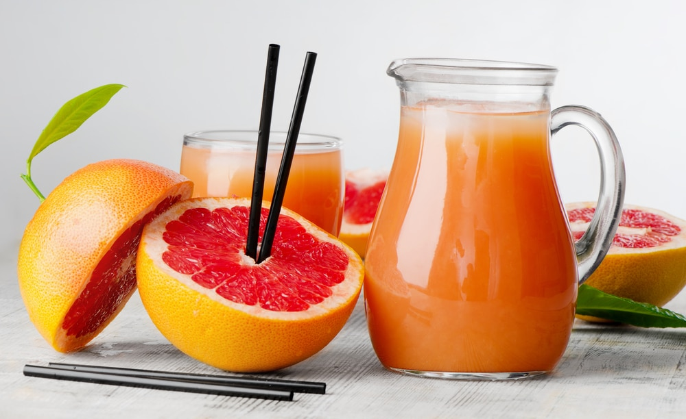 13 Amazing Health Benefits of Grapefruit Juice