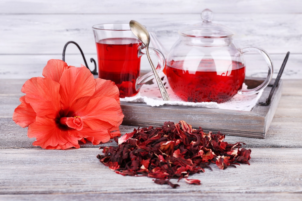 11 Amazing Benefits of Hibiscus Tea