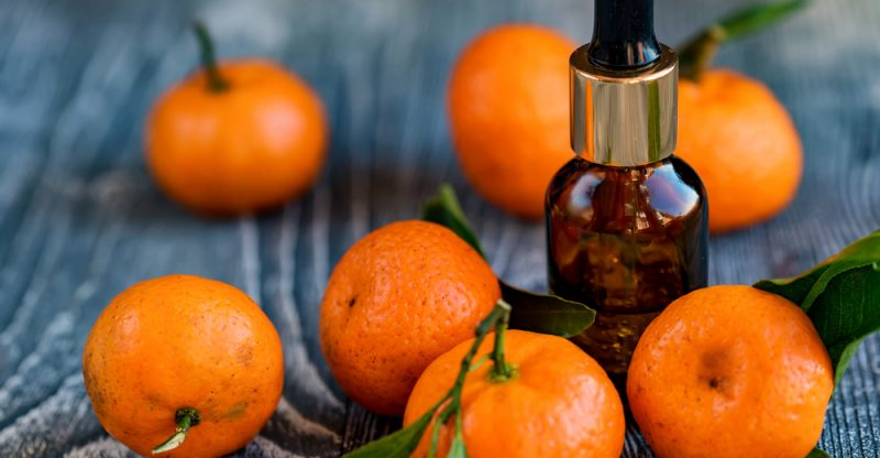 13 Impressive Health Benefits of Mandarin Essential Oil