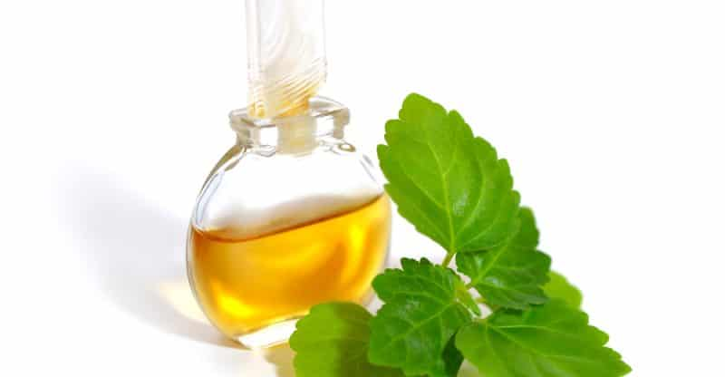 13 Wonderful Benefits of Patchouli Essential Oil