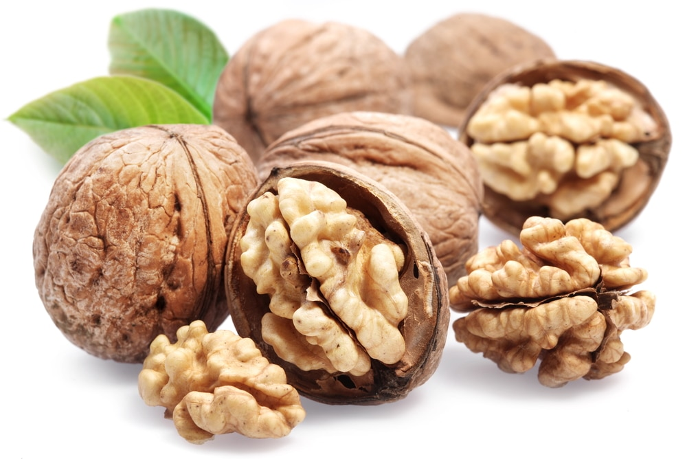 11 Amazing Health Benefits Of Walnuts