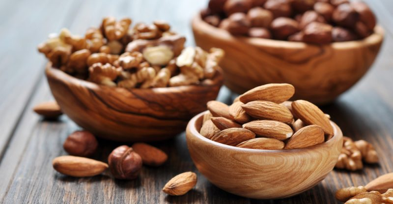 13 Amazing Health Benefits of Nuts