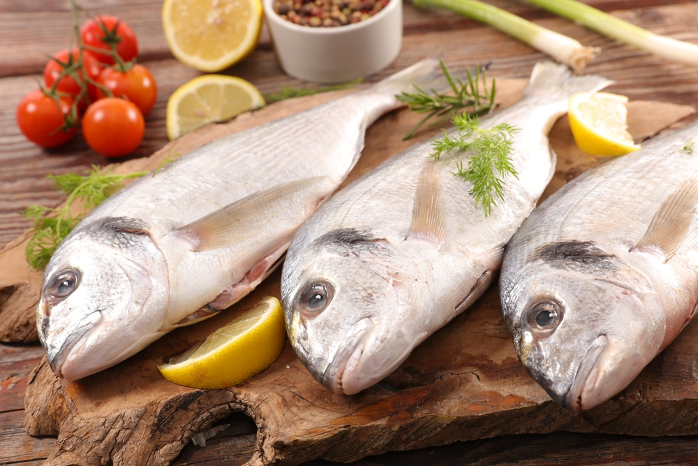 13 Amazing Health Benefits of Eating Fish