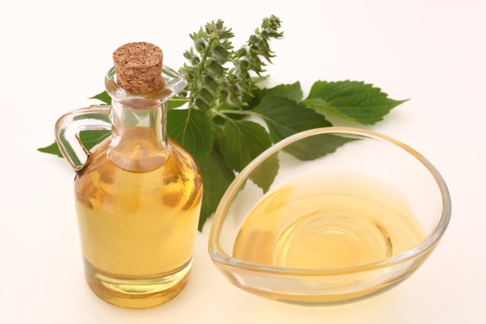 13 Amazing Benefits of Perilla Seed Oil - Natural Food Series