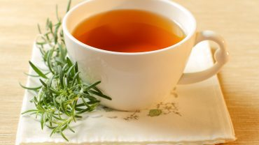 11 Amazing Health Benefits of Rosemary Tea