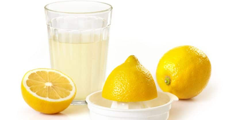 15 Amazing Health Benefits of Lemon Juice