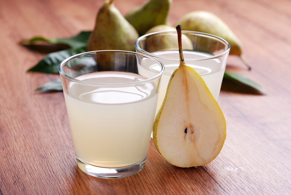 11 Amazing Benefits of Pear Juice