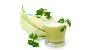 9 Amazing Benefits of Cabbage Juice