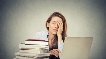 Narcolepsy: Symptoms, Treatment & Remedies