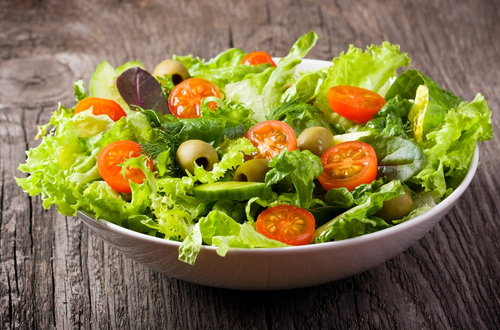 11 Amazing Benefits of Eating Salads