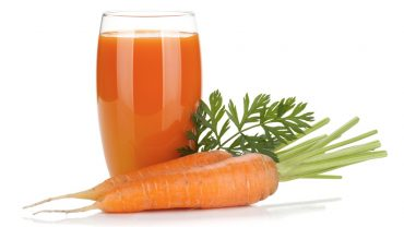 14 Amazing Benefits of Carrot Juice