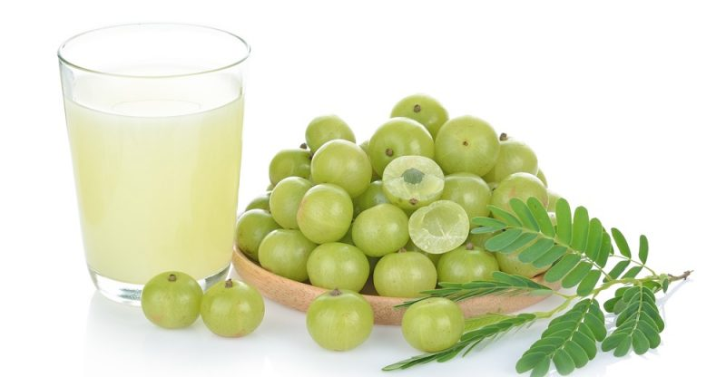 11 Amazing Benefits of Amla Juice (Indian Gooseberry)