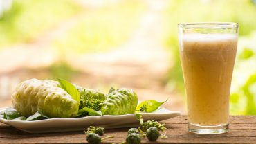 12 Amazing Benefits of Noni Juice
