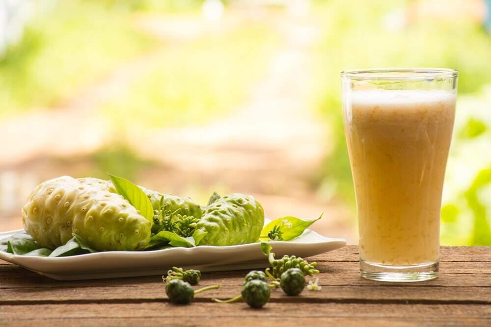 12 Amazing Benefits of Noni Juice