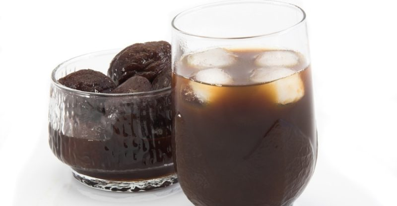 13 Amazing Benefits of Prune Juice