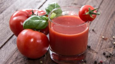 11 Amazing Benefits of Tomato Juice